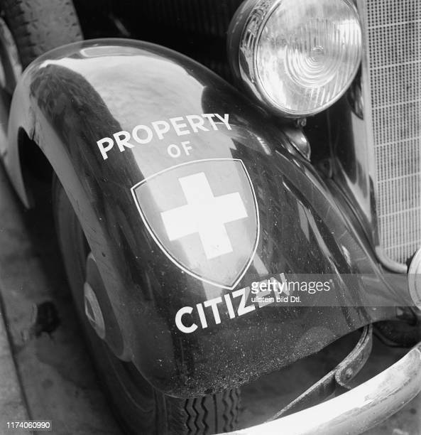 Auto Aufkleber Pictures And Photos Getty Images