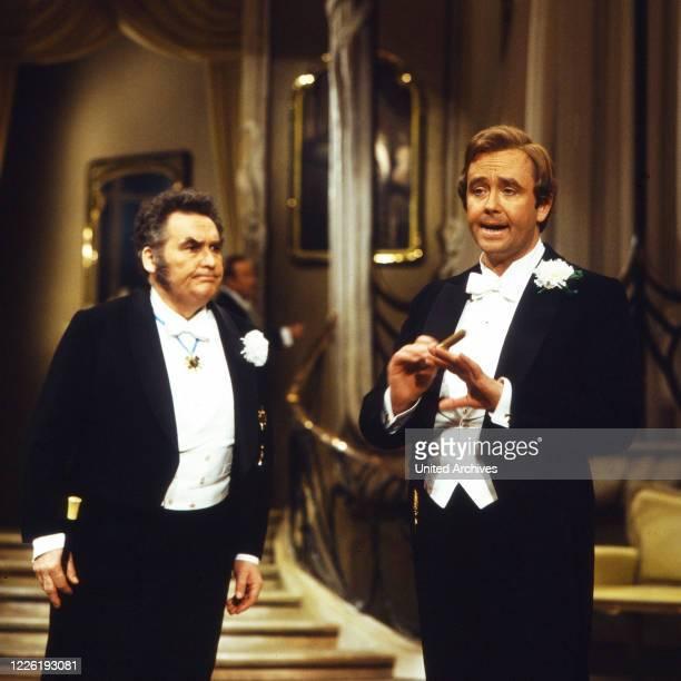 Aufzeichnung der Aufführung der Operette Die lustige Witwe von Franz Lehar in der Deutschen Oper Berlin Deutschland 1979 Mitwirkende Benno Kusche...