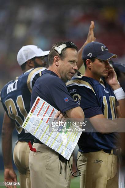 Aug 10 2006 St Louis MO USA New Rams head coach SCOTT LINEHAN with starting quarterback MARC BULGER The Indianapolis Colts at the St Louis Rams...