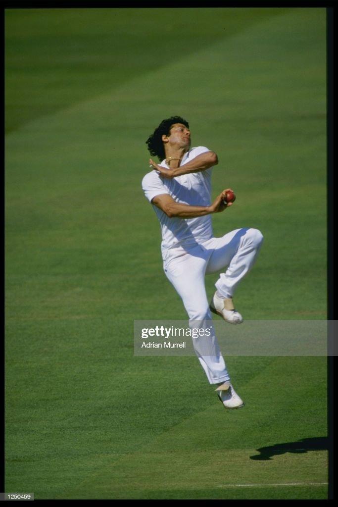 Imran Khan... : ニュース写真