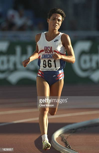 Gina Procaccio of the USA in action during the 5000 metres final at the World Championships at the Ullevi Stadium in Gothenburg Sweden Procaccio did...