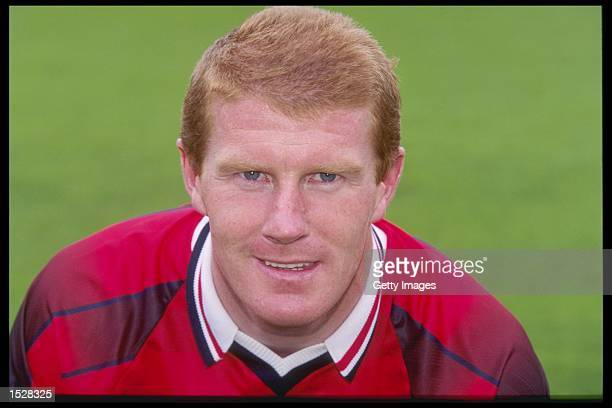 A portrait of Duncan Shearer of Aberdeen Football Club taken during the club photocall Mandatory Credit Allsport UK