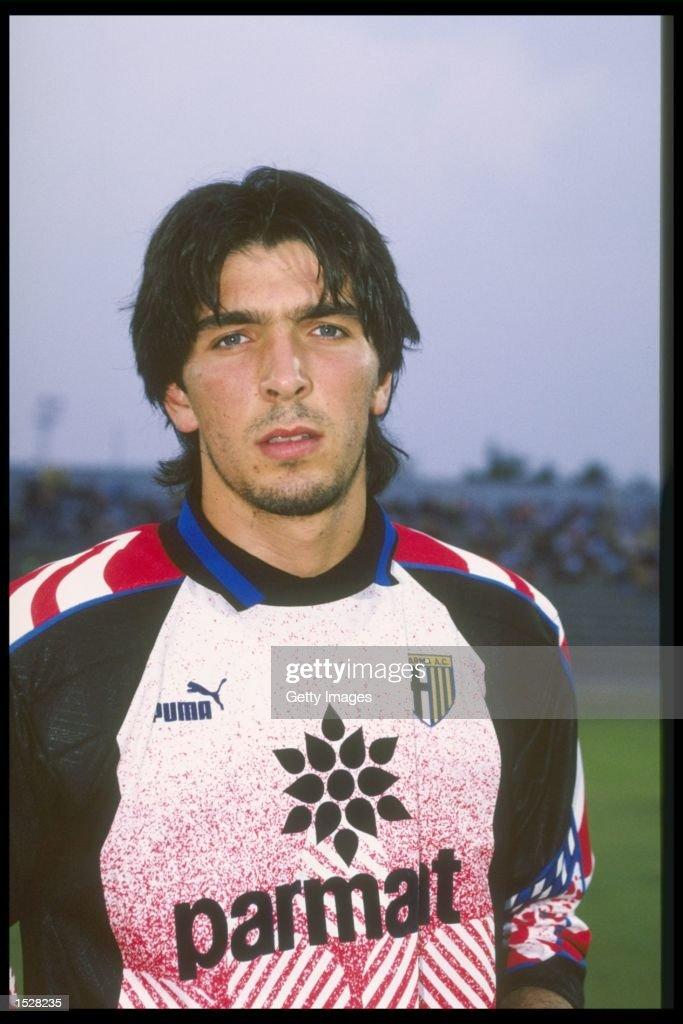 A portrait of Gianluigi Buffon of Parma : News Photo