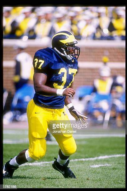 Linebacker Jarrett Irons of the Michigan Wolverines in action during a game against the Illinois Fighting Illini at Michigan Stadium in Ann Arbor...