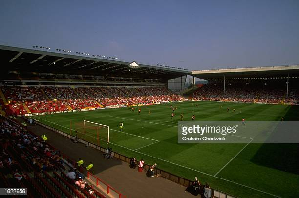 A general view of action during the Nationwide League Division One match between Sheffield United and Sunderland at Bramall Lane in Sheffield England...