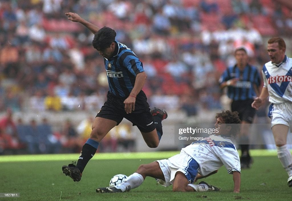 Alvaro Recoba : News Photo