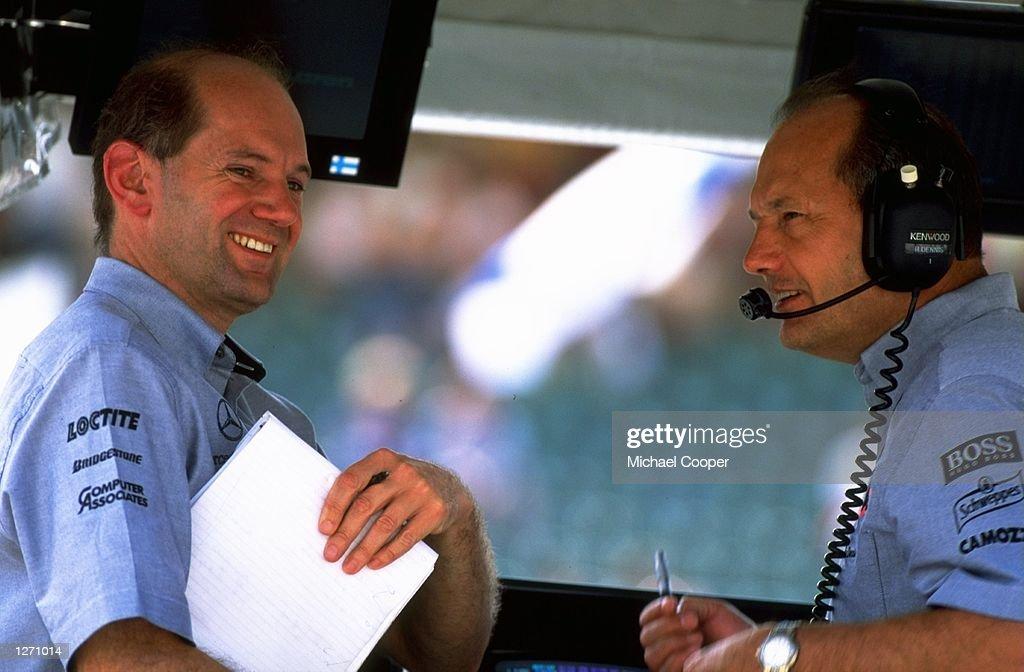 Adrian Newey and Ron Dennis : News Photo