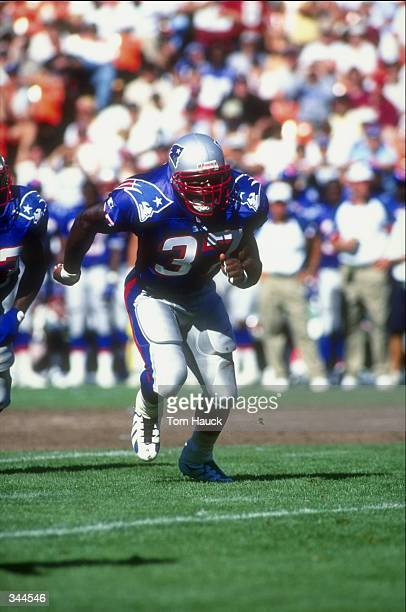 Fullback Chris Floyd of the New England Patriots in action during a preseason game against the San Francisco 49ers at the 3Com Park in San Francisco...