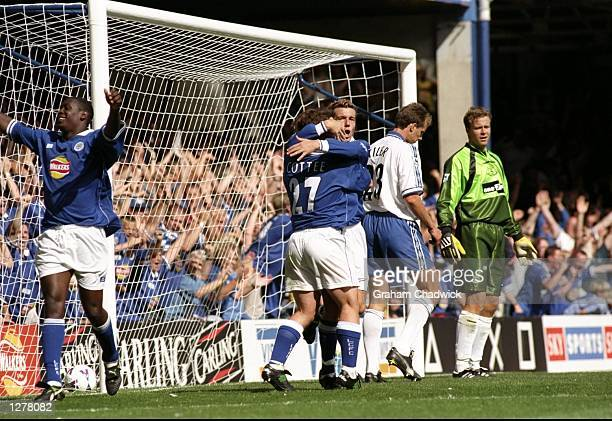 Leicester celebrate a goal against Everton in the FA Carling Premiership match at Filbert St in Leicester in England Leicester won 20 Mandatory...