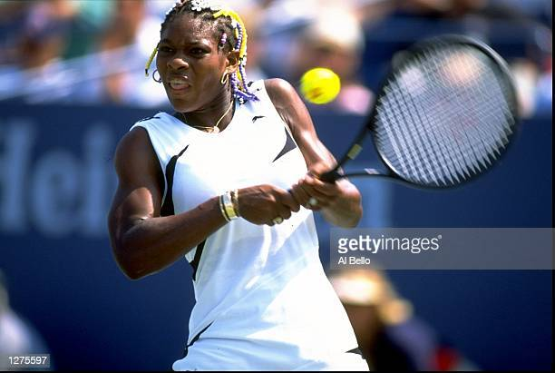 Serena Williams of the USA in action during the US Open at Flushing Meadow in New York. \ Mandatory Credit: Al Bello /Allsport
