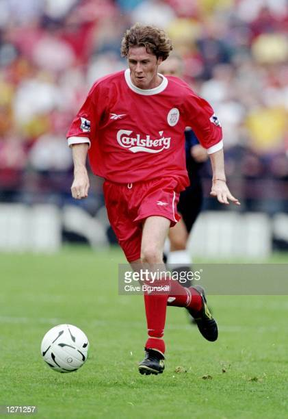 Steve McManaman of Liverpool in action during the preseason friendly against Leeds United at Lansdowne Road in Dublin Ireland Liverpool won 20...