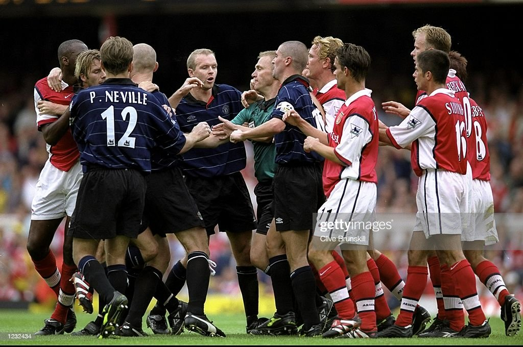 Tempers flare up as the two teams clash during the FA Carling Premiership match between Manchester United and Arsenal played at Highbury in London, England. The match finished in a 2-1 win to Manchester United. \ Mandatory Credit: Clive Brunskill /Allsport