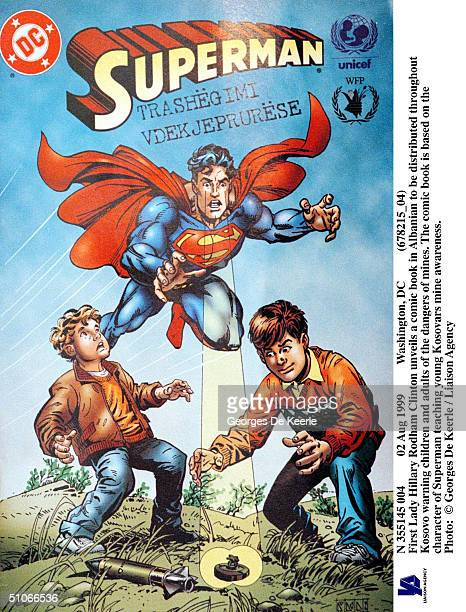 Aug 1999 Washington Dc First Lady Hillary Rodham Clinton Unveils A Comic Book In Albanian To Be Distributed Throughout Kosovo Warning Children And...