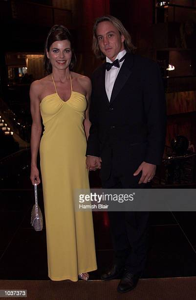 Daniel Chick of Hawthorn arrives with wife Kimberley, at the 2000 Brownlow Medal Presentation, for the Best and Fairest AFL player, held at Crown...