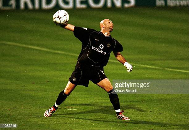 Fabien Barthez of Manchester United during the match between Ipswich Town and Manchester United in the FA Carling Premiership at Portman Road Ipswich...