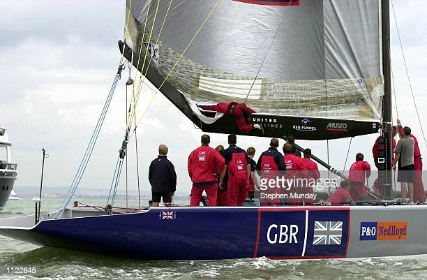 A broken boom stops the days racing for Sir Steve Redgrave on board of one of the two British America's Cup yachts 'GBR Challenge' in Cowes Isle of...