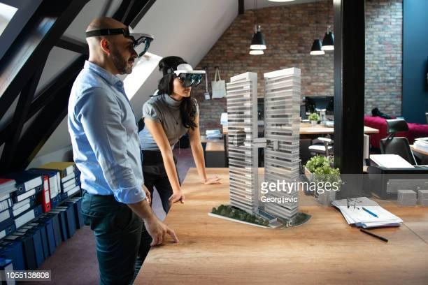 拡張現実感プロジェクト - 仮想空間の視点 ストックフォトと画像