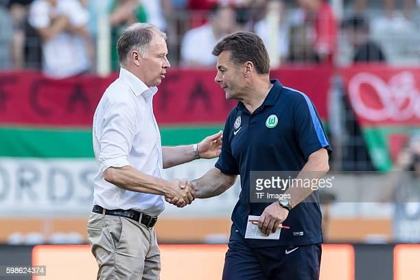 Augsburg Deutschland Bundesliga FC Augsburg VfL Wolfsburg vl Geschaeftsfuehrer Sport Stefan Reuter Cheftrainer Dieter Hecking