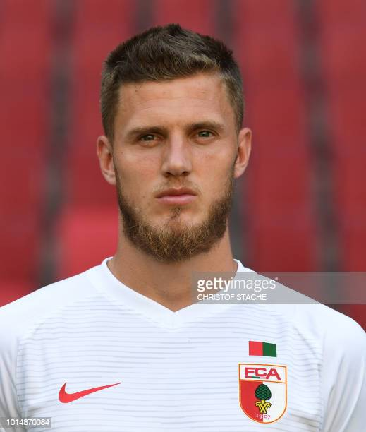 Augsburg's Dutch defender Jeffrey Gouweleeuw poses during the presentation of the football team of the German first division Bundesliga club FC...
