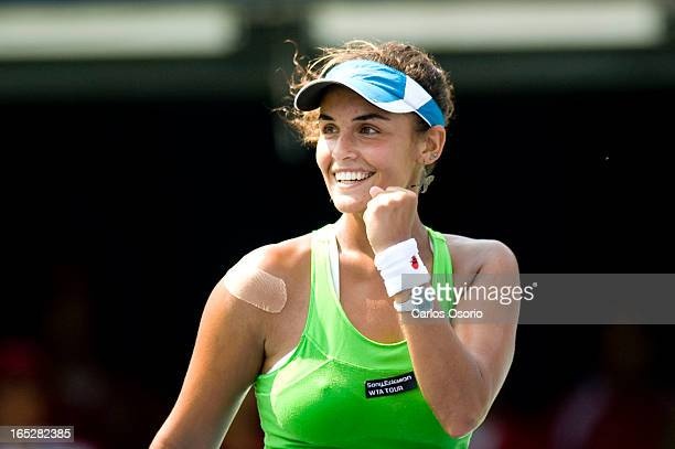 August 16 2009 Rogers CupHeidi El Tabakh of Canada celebrates her win over Sania Mirza of India during their qualifying play at the Rogers Cup tennis...