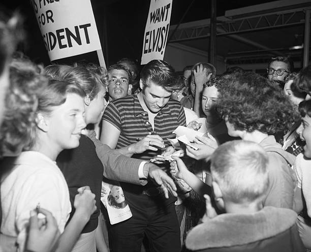 August 16, 1956, Los Angeles, Elvis Presley