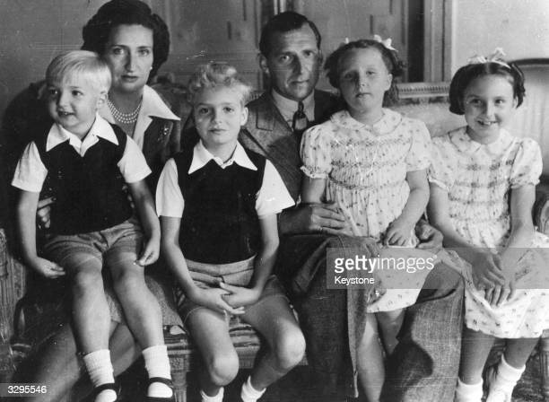 The Spanish pretender to the throne Juan de Bourbon son of Alfonso XIII with his wife Princess Maria Mercedes and their four children Juan Carlos...