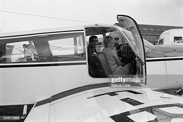 August 1969 Annie FARGUE producer of the musical 'Hair' with the film director Roger Vadim in an airplane They work together on a project of American...