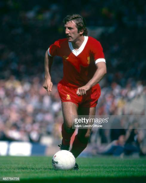 11 August 1979 Charity Shield Liverpool v Arsenal Alan Kennedy of Liverpool runs with the ball