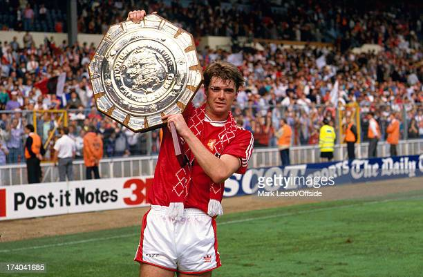 18 August 1990 FA Charity Shield Liverpool v Manchester United United defender Gary Pallister holds the shield