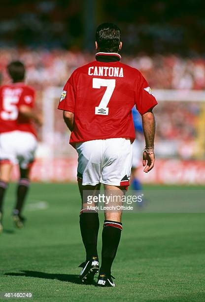 14 August 1994 FA Charity Shield Football Blackburn Rovers v Manchester United Eric Cantona wearing the the number 7 United shirt with his collar...