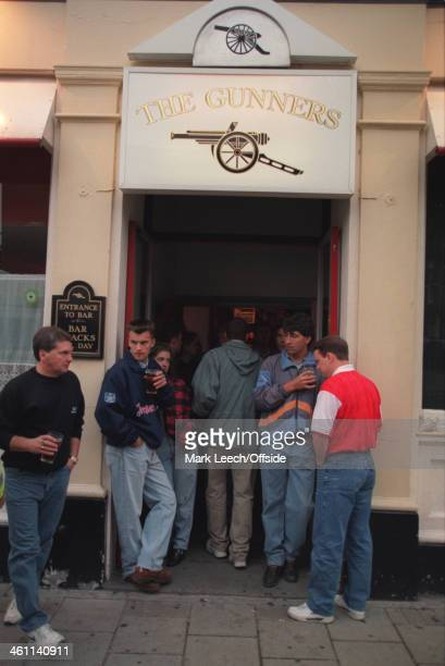 31 August 1994 Premiership Arsenal v Blackburn Rovers Arsenal fans stand outside the Gunners pub before the match