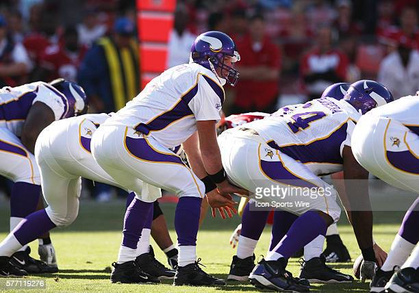 Minnesota Vikings quarterback Brett Favre takes a snap from under center as the 49ers beat the Vikings 1510 at Candlestick Park in San Francisco Ca