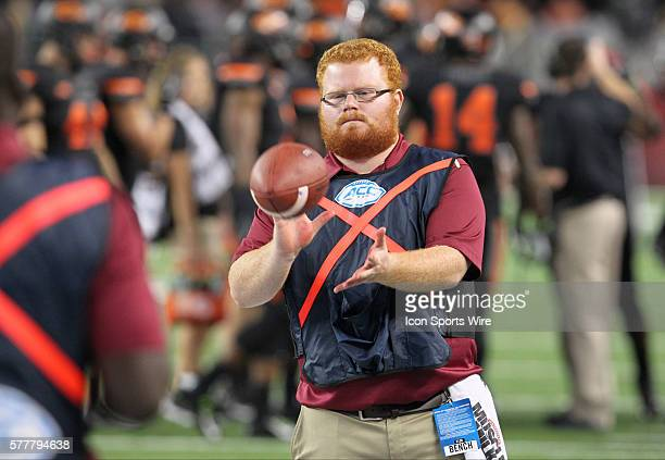 30 August 2014 Florida State Seminoles ball boy Frankie GrizzleMalgrat during the Advocare Cowboys Classic college football game between the Florida...