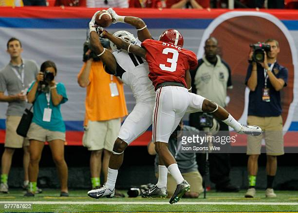West Virginia Mountaineers wide receiver Kevin White comes down with the touchdown reception over Alabama Crimson Tide defensive back Bradley Sylve...