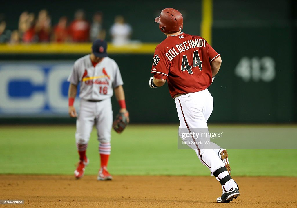 MLB: AUG 26 Cardinals at Diamondbacks : News Photo