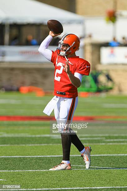 Cleveland Browns quarterback Johnny Manziel in action during a joint practice between the Cleveland Browns and the Buffalo Bills at the Buffalo Bills...
