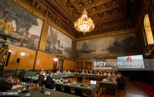 Members of the Special Committee representatives of the Senate journalists and guests meet in the Great Hall of the City Hall in Hamburg at the...