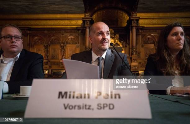 Milan Pein Chairman of the G20 Special Committee Dennis Gladiator Secretary Martina Friederichs SPD Citizenship Group open the last meeting of the...