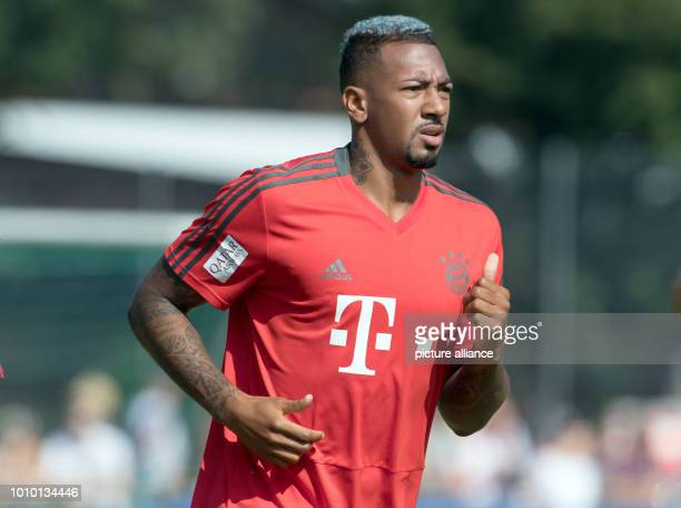 August 2018, Germany, Rottach-Egern: Jérome Boateng from FC Bayern Munich takes part in the training. The club is located for a one-week training...