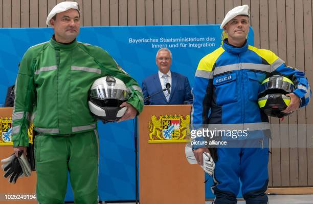 After the conversion to new uniforms by Bavaria's police and judiciary police and judiciary employees compare the new and old uniforms The picture...