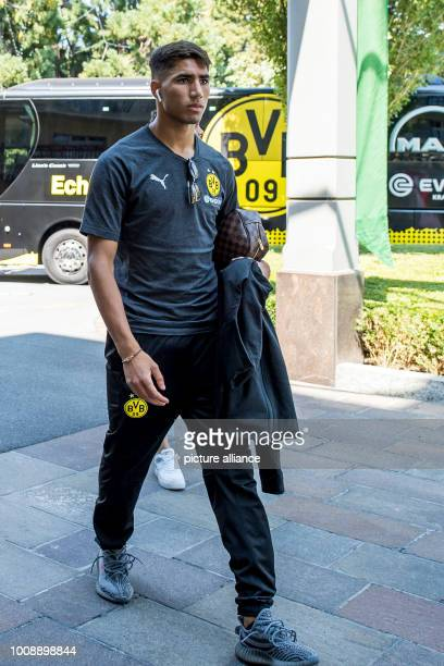 Football training camp Borussia Dortmund Dortmund's Achraf Hakimi arrives at the team hotel Photo David Inderlied/dpa
