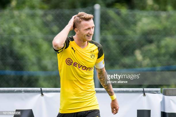 August 2018, Switzerland, Bad Ragaz: soccer, BVB summer training camp 2018, test match Borussia Dortmund vs FC Zurich. Dortmund's Marco Reus touches...