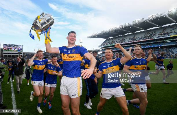 August 2019; Tipperary captain Séamus Callanan and team-mates celebrate with the Liam MacCarthy Cup following the GAA Hurling All-Ireland Senior...