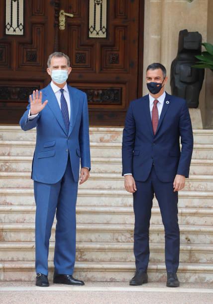 ESP: Prime Minister Sanchez Meets King Felipe VI In Mallorca