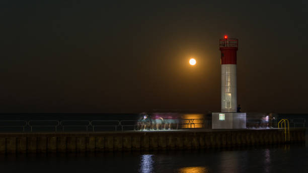August 2021 full moon at the harbour