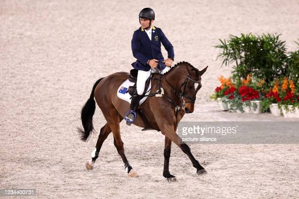 August 2021, Japan, Tokio: Equestrian Sport/Eventing: Olympics, Individual, Show Jumping, Final, at the Baji Koen Equestrian Park. Shane Rose from...