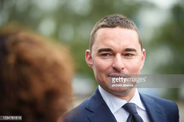 August 2021, Schleswig-Holstein, Rendsburg: Lars Windhorst, entrepreneur and chairman of Tennor Holding, comes to a press briefing after the takeover...