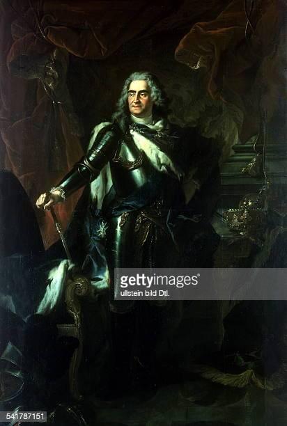August II der Starke *1205167001021733König von Polen 16971733Kurfürst von Sachsen ab 1694 Porträt in Rüstung undatiertGemälde von Louis de Silvestre...