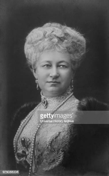 Augusta Victoria of SchleswigHolstein Last German Empress and Queen of Prussia Wife of Wilhelm II Portrait 1910