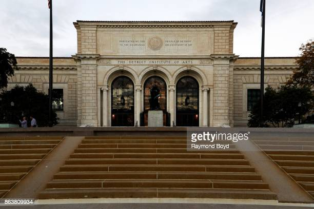Auguste Rodin's 'The Thinker' statue sits outside The Detroit Institute Of Arts in Detroit Michigan on October 13 2017 MANDATORY MENTION OF THE...